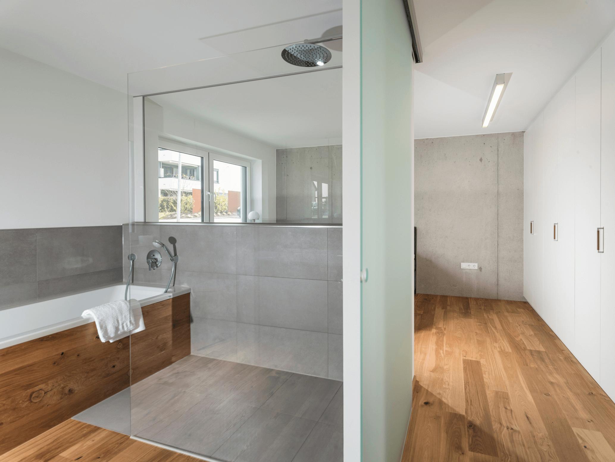 Parkett im Badezimmer – Die optimale Basis für Ihre Wohlfühloase ...