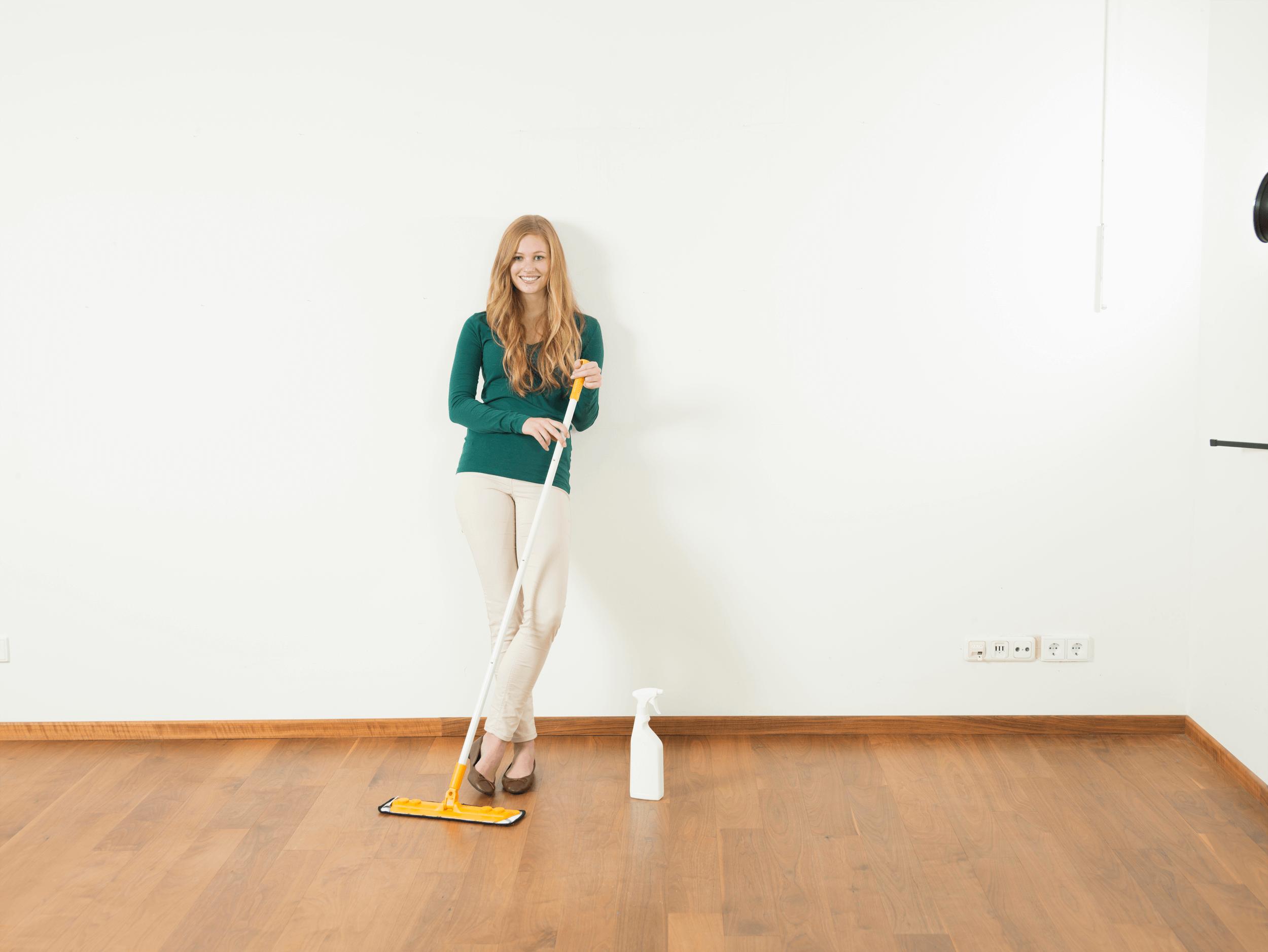 Fußbodenbelag Reinigen ~ Richtig reinigen und pflegen u so schützen sie ihr parkett